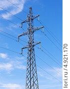 Высоковольтный электрический столб на фоне неба. Стоковое фото, фотограф Вадим Ралко / Фотобанк Лори