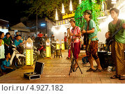 Купить «Уличные музыканты», фото № 4927182, снято 23 февраля 2013 г. (c) Иван Нестеров / Фотобанк Лори