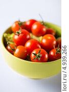 Купить «Сладкие помидоры черри», фото № 4939266, снято 25 мая 2013 г. (c) Syda Productions / Фотобанк Лори