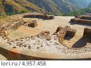 Купить «Фундамент храма армянский царей, Гарни», эксклюзивное фото № 4957458, снято 11 августа 2013 г. (c) Emelinna / Фотобанк Лори