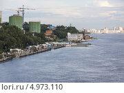Купить «Хабаровск готовится к наводнению, уровень воды на центральной набережной», эксклюзивное фото № 4973110, снято 20 августа 2013 г. (c) Дмитрий Фиронов / Фотобанк Лори