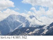 Парашютист в горах. Стоковое фото, фотограф Бровина Екатерина / Фотобанк Лори