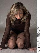 Купить «Молодая женщина с красивыми русыми волосами», фото № 4986374, снято 20 июля 2006 г. (c) Syda Productions / Фотобанк Лори