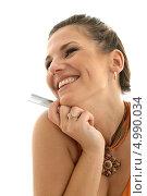 Купить «Счастливая покупательница с кредитной картой на белом фоне», фото № 4990034, снято 19 августа 2006 г. (c) Syda Productions / Фотобанк Лори