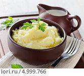 Купить «Картофельное пюре», фото № 4999766, снято 28 августа 2013 г. (c) Tatjana Baibakova / Фотобанк Лори