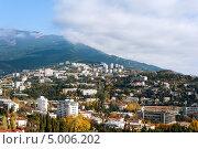 Купить «Ялта. Крым», фото № 5006202, снято 15 ноября 2012 г. (c) Типляшина Евгения / Фотобанк Лори