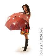 Купить «Девушка с красным зонтиком», фото № 5024678, снято 20 августа 2006 г. (c) Syda Productions / Фотобанк Лори