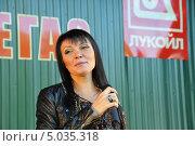 Купить «Певица Света», эксклюзивное фото № 5035318, снято 7 сентября 2013 г. (c) Вероника / Фотобанк Лори