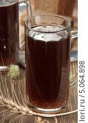 Купить «Хлебный квас - традиционный русский напиток», эксклюзивное фото № 5064898, снято 28 августа 2013 г. (c) Александр Курлович / Фотобанк Лори