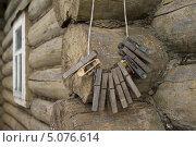 Купить «Старые деревянные прищепки», фото № 5076614, снято 11 мая 2013 г. (c) Суханова Марина Сергеевна / Фотобанк Лори
