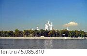 Купить «Смольный собор в Санкт-Петербурге», видеоролик № 5085810, снято 18 сентября 2013 г. (c) Павел С. / Фотобанк Лори