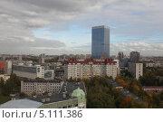 Высотка на площади Конституции в Санкт-Петербурге (2013 год). Стоковое фото, фотограф Геннадий Машанин / Фотобанк Лори