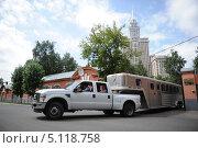 Купить «Конная перевозка», фото № 5118758, снято 19 июля 2013 г. (c) Free Wind / Фотобанк Лори