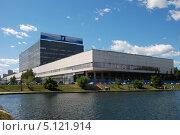 """Телевизионный технический центр """"Останкино"""", Останкинский пруд, Москва (2011 год). Редакционное фото, фотограф lana1501 / Фотобанк Лори"""