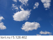 Купить «Белые воздушные облака на фоне голубого неба», эксклюзивное фото № 5128402, снято 5 июня 2011 г. (c) lana1501 / Фотобанк Лори