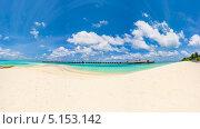Отель на красивом тропическом острове (2012 год). Стоковое фото, фотограф Aleksandr Stzhalkovski / Фотобанк Лори