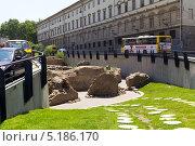 Купить «Археологические раскопки в центре Тбилиси. Грузия», фото № 5186170, снято 2 июля 2013 г. (c) Евгений Ткачёв / Фотобанк Лори