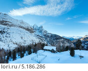 Зимний вид на гору Мармолада (Трентино, Венето, Италия) (2012 год). Стоковое фото, фотограф Юрий Брыкайло / Фотобанк Лори