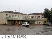 Купить «Кострома, ювелирный завод», эксклюзивное фото № 5193006, снято 5 сентября 2013 г. (c) Дмитрий Неумоин / Фотобанк Лори