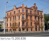 Кирпичный дом (2013 год). Редакционное фото, фотограф Максим Монахов / Фотобанк Лори