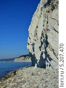 Купить «Живописные скалы курортного места - Джанхот, Краснодарский край», фото № 5207470, снято 26 октября 2013 г. (c) Игорь Архипов / Фотобанк Лори