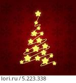 Купить «Рождественская елка на красном фоне», иллюстрация № 5223338 (c) Евгения Малахова / Фотобанк Лори