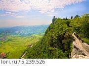 Замок на скале. Сан-Марино. Италия (2012 год). Стоковое фото, фотограф Алексей Хоруженко / Фотобанк Лори