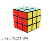 Кубик Рубика, белый фон. Редакционное фото, фотограф Алексей C. / Фотобанк Лори