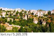 Купить «Вид города Куэнка. Кастилья Ла-Манча, Испания», фото № 5265378, снято 23 августа 2013 г. (c) Яков Филимонов / Фотобанк Лори