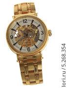 Позолоченные или золотые наручные часы, скелетоны в прозрачном корпусе с золотым браслетом (2013 год). Редакционное фото, фотограф Даниил Петров / Фотобанк Лори