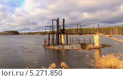 Купить «Осенняя дамба, таймлапс», видеоролик № 5271850, снято 14 ноября 2013 г. (c) Никита Майков / Фотобанк Лори