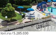 Территория отеля с бассейном, Пафос, Кипр (2013 год). Редакционное видео, видеограф Кекяляйнен Андрей / Фотобанк Лори