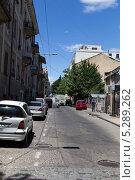 Купить «Узкая живописная улочка в старом городе Тбилиси. Грузия», фото № 5289262, снято 3 июля 2013 г. (c) Евгений Ткачёв / Фотобанк Лори