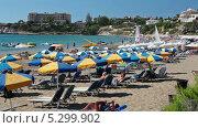 Купить «Пляж Coral Bay на Кипре», видеоролик № 5299902, снято 20 ноября 2013 г. (c) Кекяляйнен Андрей / Фотобанк Лори