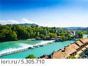 Купить «Река Ааре в Берне», фото № 5305710, снято 7 июня 2013 г. (c) Сергей Новиков / Фотобанк Лори