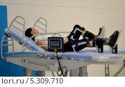 Купить «Тренажер для улучшения подвижности суставов», фото № 5309710, снято 3 декабря 2012 г. (c) Наталья Уварова / Фотобанк Лори