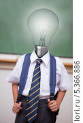 Купить «Pupil with light bulb instead of head», фото № 5366886, снято 18 октября 2019 г. (c) Wavebreak Media / Фотобанк Лори