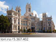 Вид Дворца связи (Palace of Communication) в Мадриде, Испания (2013 год). Редакционное фото, фотограф Яков Филимонов / Фотобанк Лори