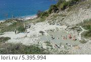 Природное глиняное озеро на побережье бухты Инал (2013 год). Редакционное фото, фотограф Зацепина Галина / Фотобанк Лори