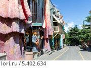 Купить «Парк развлечений на горе Мтацминда. Тбилиси. Грузия», фото № 5402634, снято 3 июля 2013 г. (c) Евгений Ткачёв / Фотобанк Лори