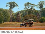 Моторикша (тук-тук) в Камбодже (2013 год). Редакционное фото, фотограф Юлия Бабкина / Фотобанк Лори