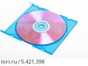 Купить «CD-диск в коробке на белом фоне», эксклюзивное фото № 5421398, снято 12 декабря 2013 г. (c) Яна Королёва / Фотобанк Лори