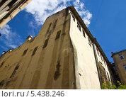 Купить «Дворики в Санкт-Петербурге», фото № 5438246, снято 30 июня 2012 г. (c) Корчагина Полина / Фотобанк Лори