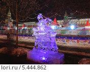 Купить «Выставка ледяных скульптур перед ГУМом», эксклюзивное фото № 5444862, снято 14 декабря 2013 г. (c) Алёшина Оксана / Фотобанк Лори