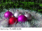 Купить «Новогодние украшения», эксклюзивное фото № 5449634, снято 2 января 2014 г. (c) Елена Коромыслова / Фотобанк Лори