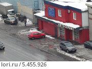 Купить «Балашиха, автосервис в гаражном кооперативе», эксклюзивное фото № 5455926, снято 23 декабря 2013 г. (c) Дмитрий Неумоин / Фотобанк Лори