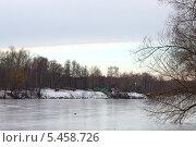 Купить «Пруд в парке «Кузьминки»», фото № 5458726, снято 31 декабря 2013 г. (c) Андрей Чернов / Фотобанк Лори