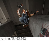 Купить «Молодой парень на роликах в прыжке», фото № 5463762, снято 1 августа 2009 г. (c) Станислав Фридкин / Фотобанк Лори