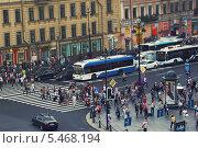 Невский проспект (2013 год). Редакционное фото, фотограф Александр Невский / Фотобанк Лори