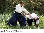 Тренировка Айкидо. Стоковое фото, фотограф Андрей Новосёлов / Фотобанк Лори